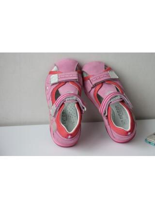 Босоніжки Minimen 79ZAKRROSE  Рожеві