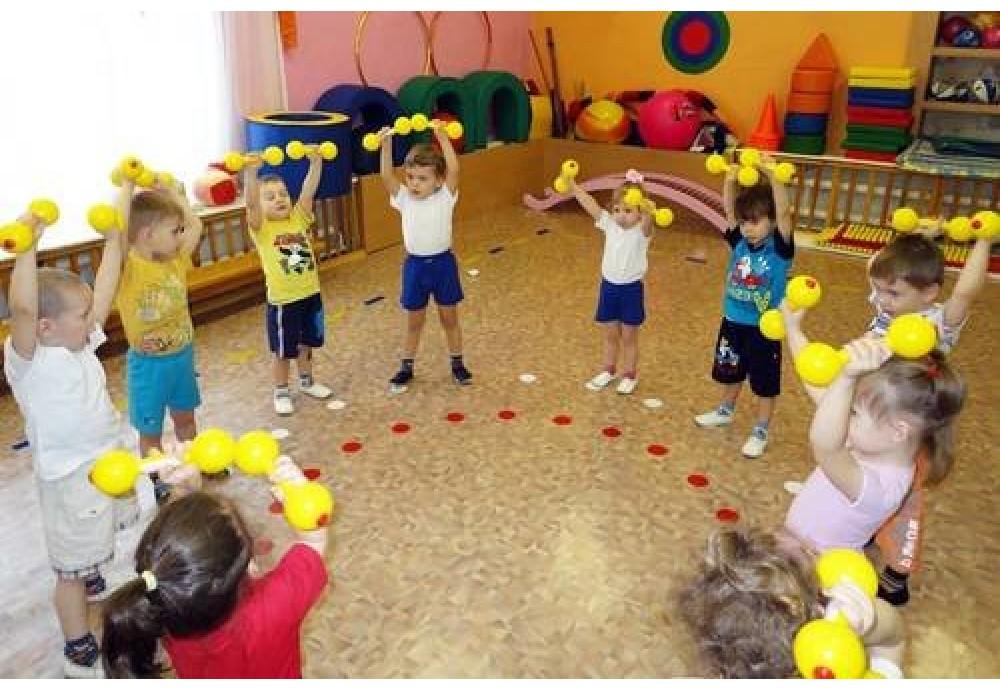 Чи варто віддавати дитину в дитячий садок: плюси та мінуси