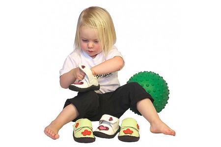 Дитина взуття сама не купить: лайфхаки легкої покупки разом з дитиною
