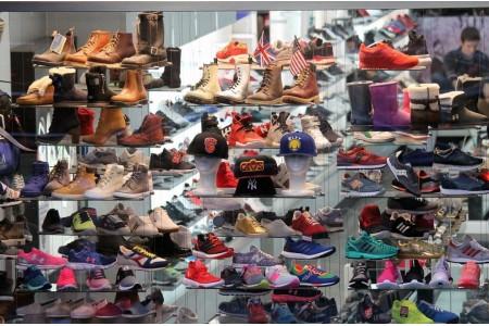 Дитяче ортопедичне взуття: купити в магазині або замовити в інтернеті