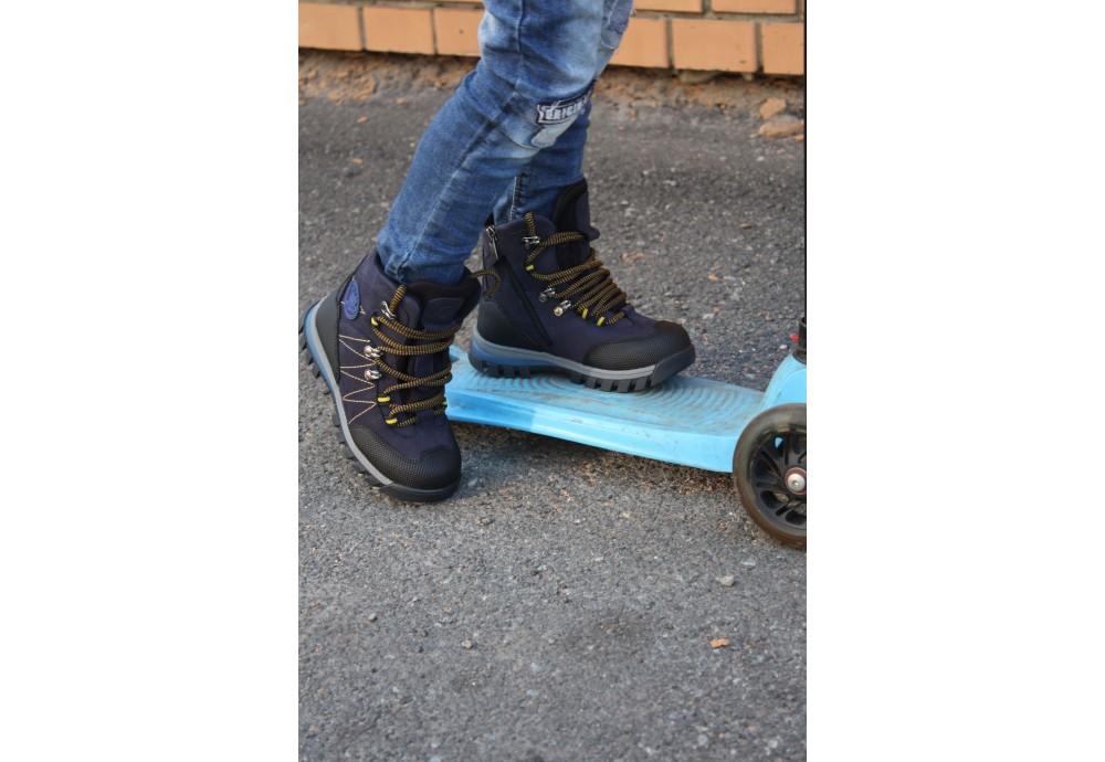Як обрати взуття Мінімен для хлопчиків за сезоном
